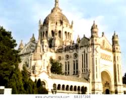 eglise-at-lisieux